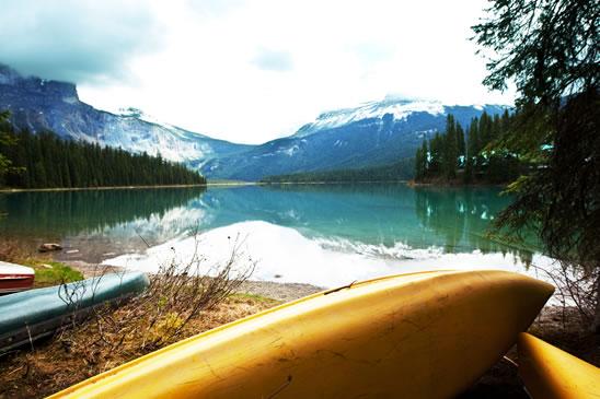 photodune-1219885-canoe - resized
