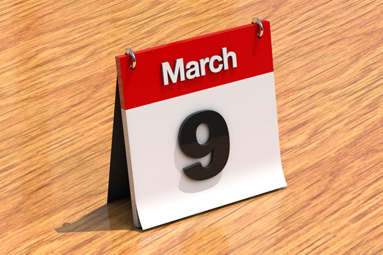 photodune-4O64588-calendar-on-desk-march-9th-xl